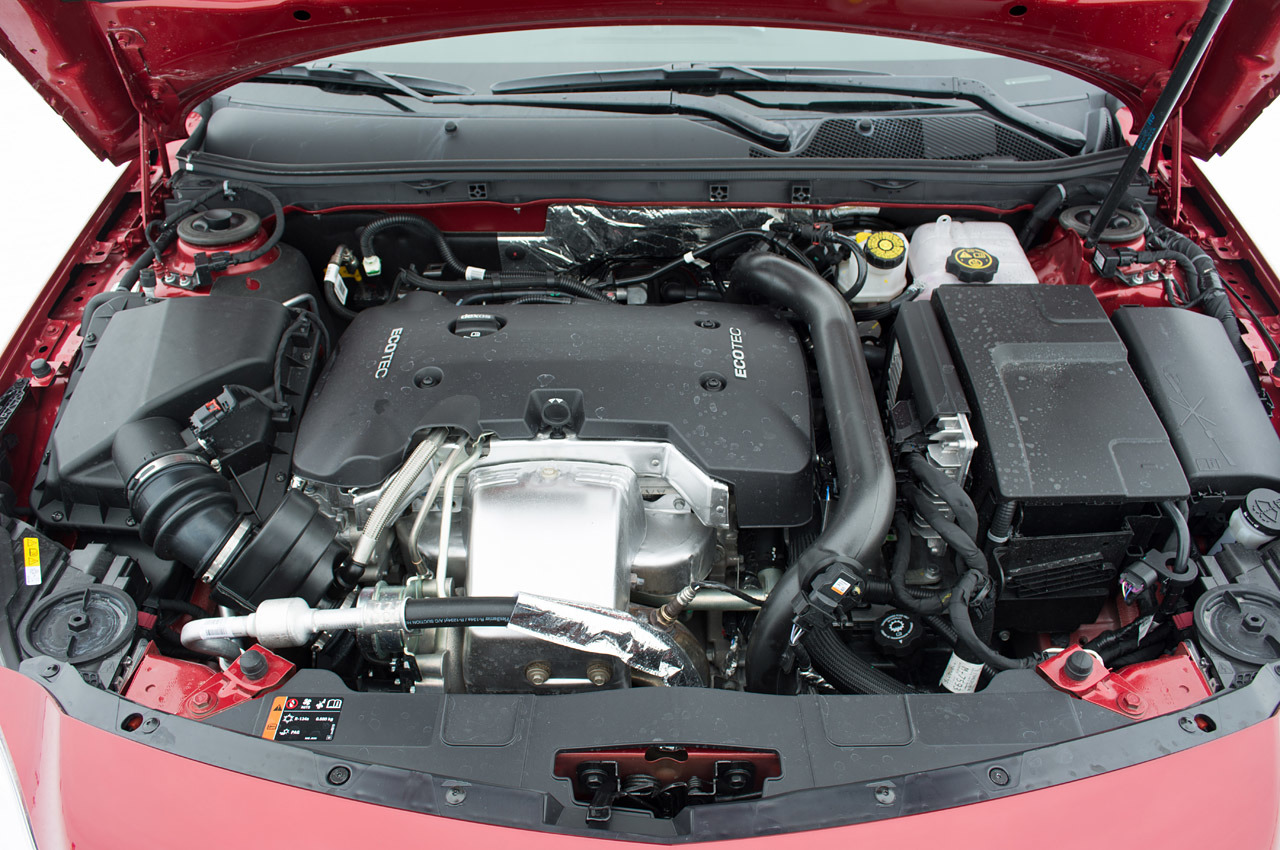 Buick Regal: If No Steam Is Coming from the Engine Compartment
