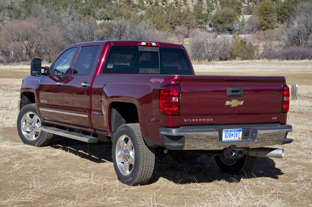 2015 chevrolet silverado 2500 hd 6 6l v8 turbodiesel 48k 61k pics. Black Bedroom Furniture Sets. Home Design Ideas