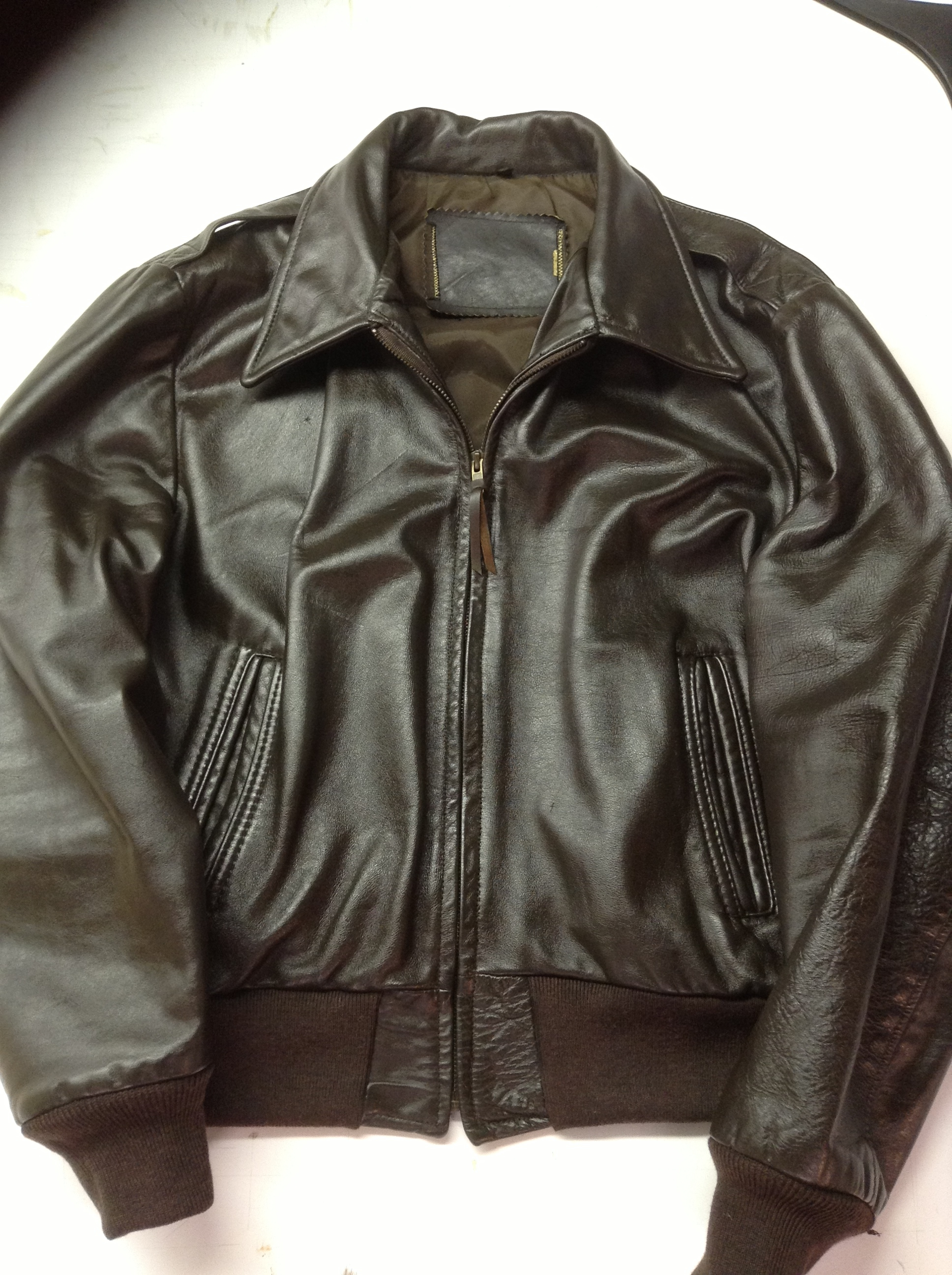 Leather jacket zip repair - Sent My Jacket To Dena And Greatleather She Replaced The Zipper Knit Cuffs And Wasteband Fixed The Liner And Cleaned The Paint Off It