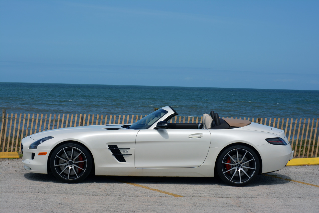 2013 mercedes benz sls amg gt roadster pics specs. Black Bedroom Furniture Sets. Home Design Ideas