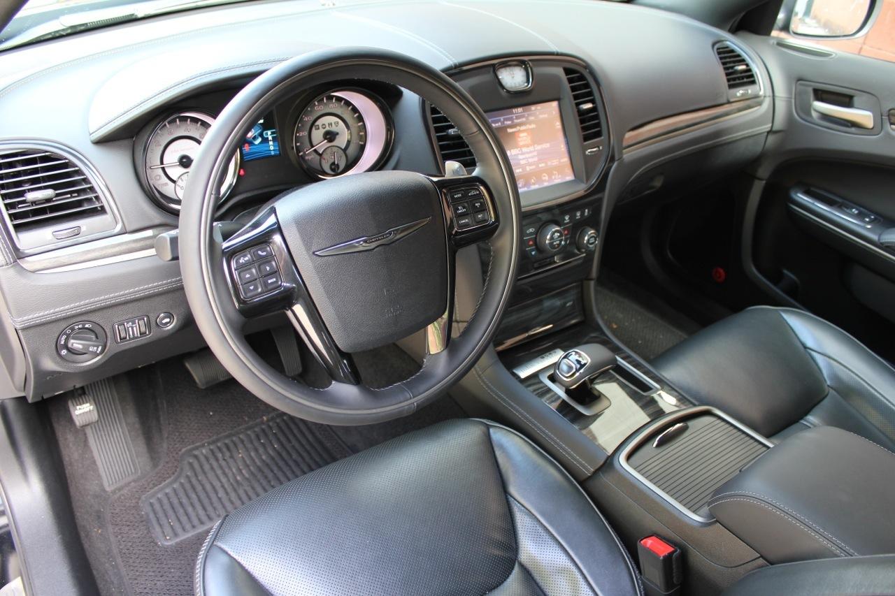 2013 chrysler 300c john varvatos engine size autos post. Black Bedroom Furniture Sets. Home Design Ideas