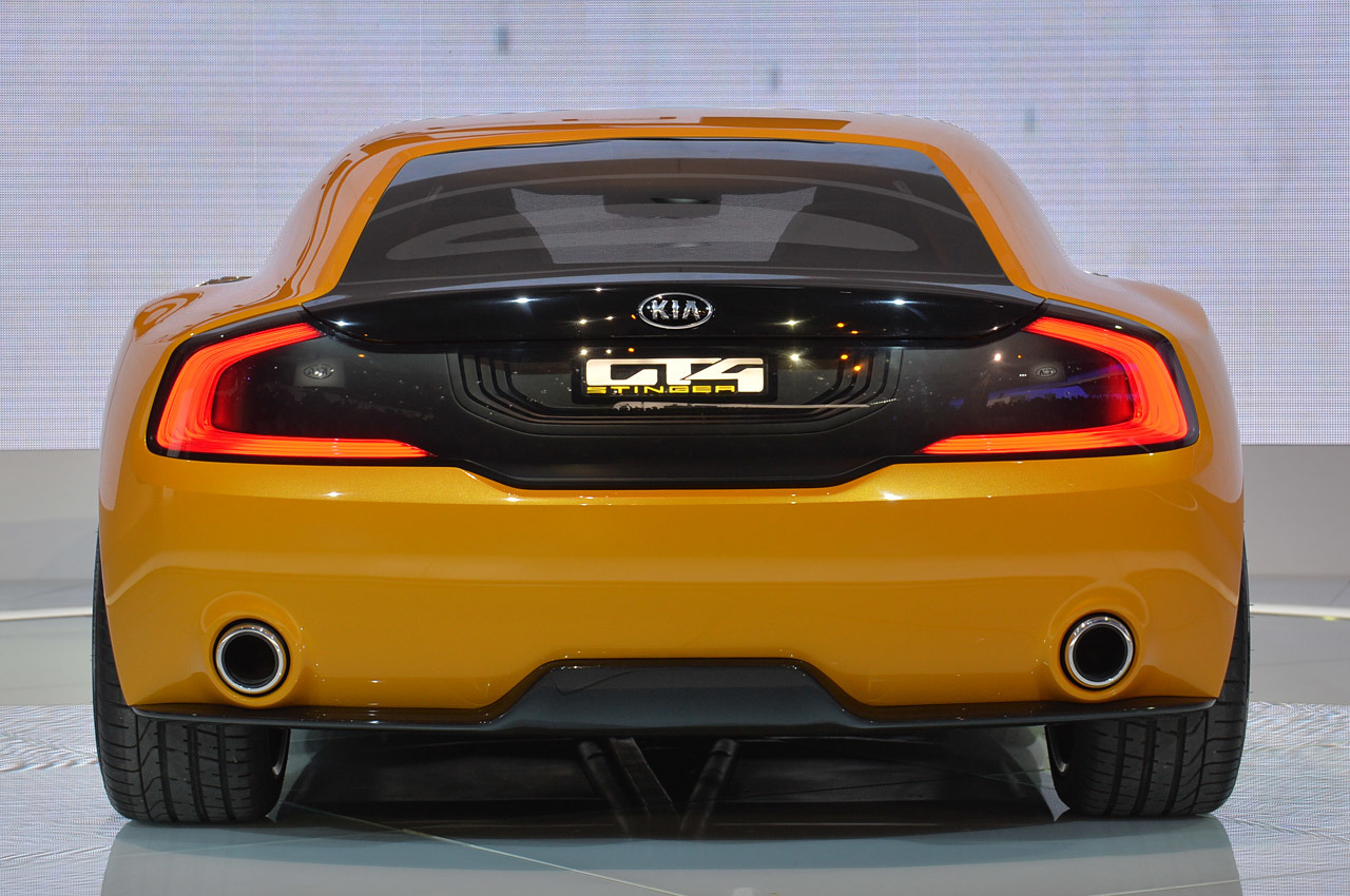 Kia GT4 Stinger full pictures turbocharged 315hp-400hp